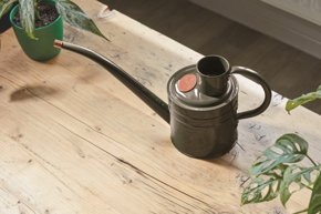 Picture of Smart Garden 1ltr Metal Watering Can Slate